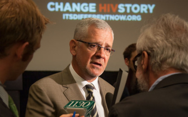World-renowned HIV specialist Dr. Julio Montaner unveils CHANGE HIVSTORY, a bold new campaign that aims to end HIV in Vancouver. (CNW Group/FCV Technologies)