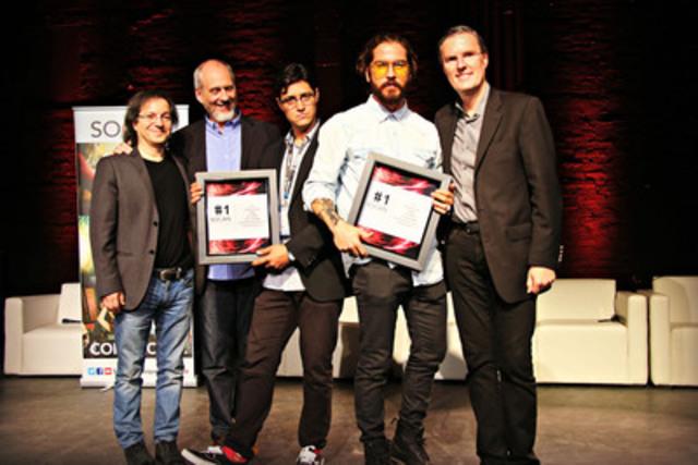 Le 11 juin 2015, à L'Astral, à Montréal, La SOCAN a rendu hommage à l'auteur-compositeur Claude Bégin ainsi qu'à Coyote Records dont la chanson « Avant de disparaître » a atteint la première position du palmarès Correspondants le 20 avril 2015 et la première position du palmarès BDS le 27 avril 2015. Sur la photo, de gauche à droite: Stan Meissner, Président (SOCAN), Michael McCarty, Chef, Affaires des membres et Développement (SOCAN) Raphael Perez (Coyote Records), Claude Bégin et Eric Baptiste, Chef de la direction (SOCAN). (Groupe CNW/SOCAN)