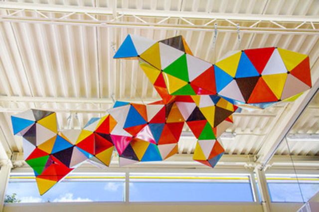 L'oeuvre d'art Cerf-volant de l'artiste Josée Dubeau (Groupe CNW/Ville de Montréal - Arrondissement de Rosemont - La Petite-Patrie)