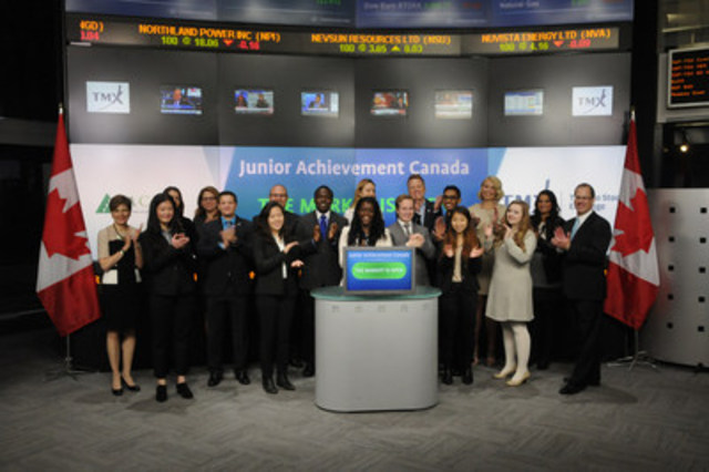 Les élèves de JA Canada ouvrent les marchés (Groupe CNW/JA Canada)
