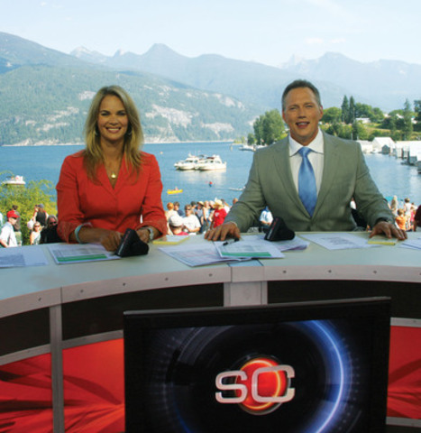 SPORTSCENTRE anchors Jennifer Hedger and Darren Dutchyshen will host the Kraft Celebration Tour live from Fort Smith, N.W.T. on Friday, Aug. 16 at 6 p.m. ET on TSN. (CNW Group/TSN)