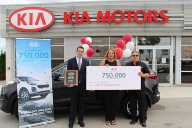 Kia Canada - Célébration 750 000e vente (Groupe CNW/KIA Canada Inc.)