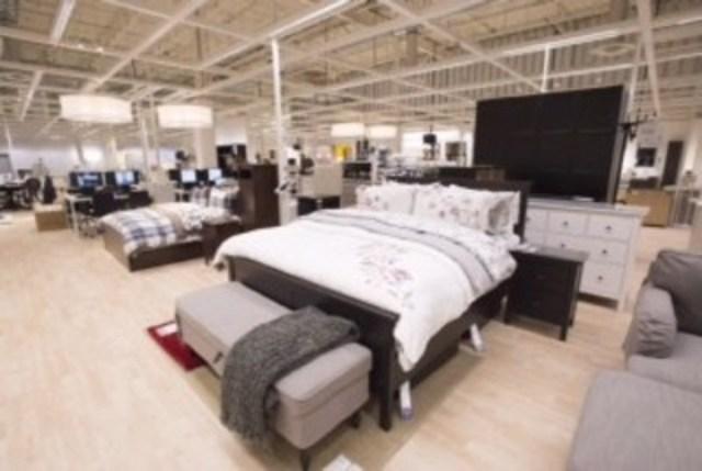 IKEA inaugure officiellement un Centre de cueillette à Québec (Groupe CNW/IKEA Canada)