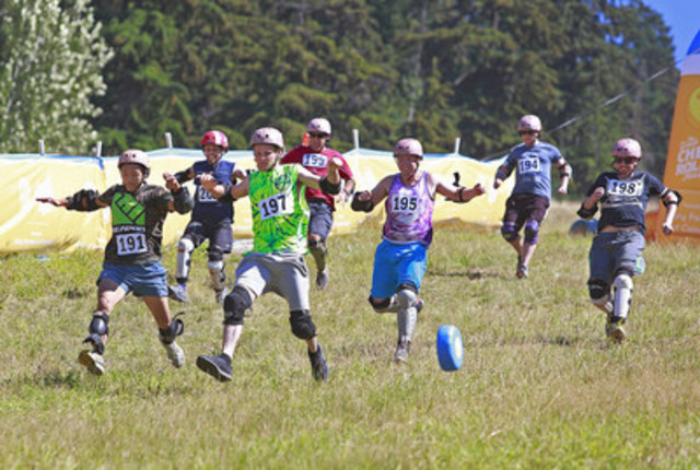 Cheese-loving competitors experience the cheese chasing mania at the ninth edition of the Great Canadian Cheese Festival, hosted by Dairy Farmers of Canada, in Whistler, British Columbia on Saturday, August 20, 2016. (CNW Group/Dairy Farmers of Canada (DFC))
