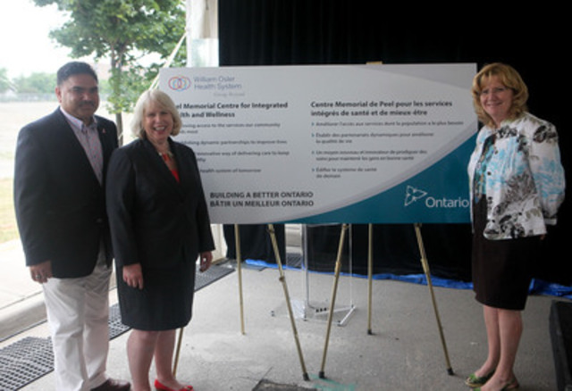 From left: Vic Dhillon, MPP for Brampton West, Deb Matthews, Minister of Health and Long-Term Care and Linda Jeffrey, MPP for Brampton-Springdale unveil a sign demonstrating the government's commitment to the new Peel Memorial Centre for Integrated Health and Wellness. (CNW Group/Infrastructure Ontario)