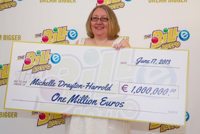 Million-Euro winner Michelle Drayton-Harrold of Glasgow, UK gets the royal treatment in Antigua while claiming her lottery jackpot. Ms. Drayton-Harrold is Scotland's first-ever winner of a global online lotto. (CNW Group/The BiLLe Lotto Ltd.)