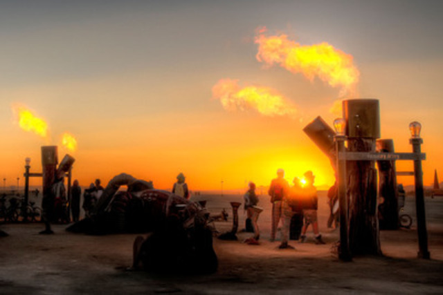 The Heart Machine at Sunrise, Burning Man 2010 (CNW Group/interactive arts)