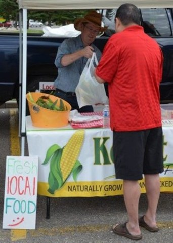 Members have the ability to meet and learn more about the families who grow local products (CNW Group/Calgary Co-Operative Association Limited (Calgary Co-op))