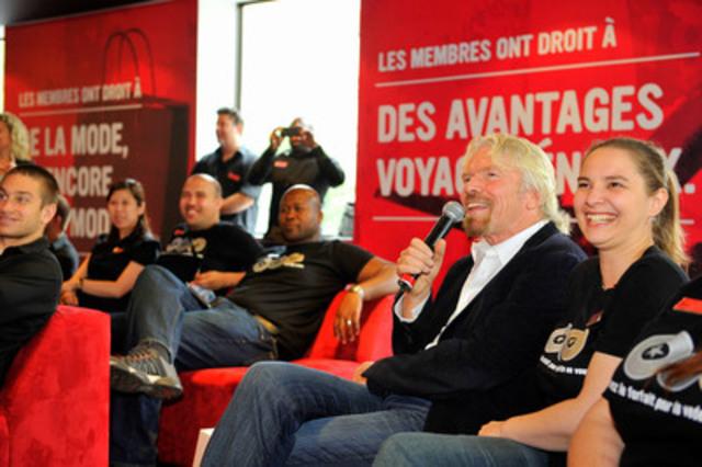 Présent à Montréal pour C2-MTL, Sir Richard Branson, fondateur du Groupe Virgin, s'est arrêté au magasin phare de Virgin Mobile pour rencontrer les employés québécois et partager ses dernières aventures, dont le premier essai en vol de la fusée Virgin Galactic le mois dernier (Groupe CNW/Virgin Mobile Canada)
