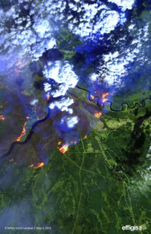Effigis rend disponibles aux médias des images satellite permettant de constater l'étendue du feu de forêt à Fort McMurray (Groupe CNW/Effigis Géo-Solutions inc.)