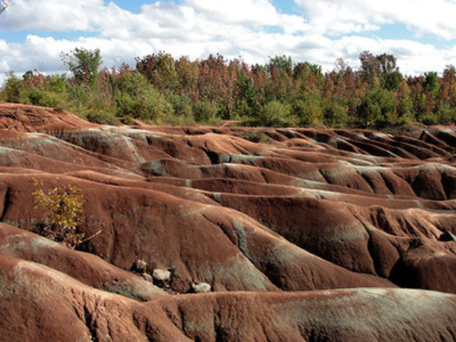 The Ontario Heritage Trust and its partners are seeking feedback from the public, with an online survey and public consultation meetings, to help guide conservation at Caledon's Cheltenham Badlands.  (CNW Group/Ontario Heritage Trust)