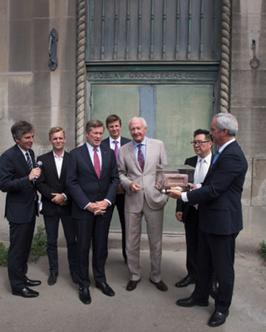 West Block Development Launch and First Brick Preservation Event. From right to left: Tony Grossi, President, Wittington Properties Limited; Joe Cressy, Ward 20 City Councillor; His Worship John Tory, Mayor of Toronto; Galen G. Weston, President and Executive Chairman, Loblaw Companies Limited; W. Galen Weston, Executive Chairman, George Weston Limited; Terry Hui, CEO, Concord Pacific Group of Companies; John Morrison, President and CEO, Choice Properties REIT (CNW Group/Choice Properties Real Estate Investment Trust)