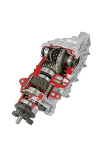 The ProActive(TM) Rear Drive Module is specifically designed as a platform solution for C-segment vehicles and achieves a high level of integration for an AWD coupling and rear axle drive. This fully integrated system significantly improves vehicle performance in terms of drag, torque, system efficiency and weight. (CNW Group/Magna International Inc.)