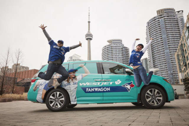 The WestJet Fanwagon takes to the streets of Toronto to offer fans of the Toronto Blue Jays a ride to a home game and the opportunity to enjoy the action from the WestJet Flight Deck. (CNW Group/WestJet)