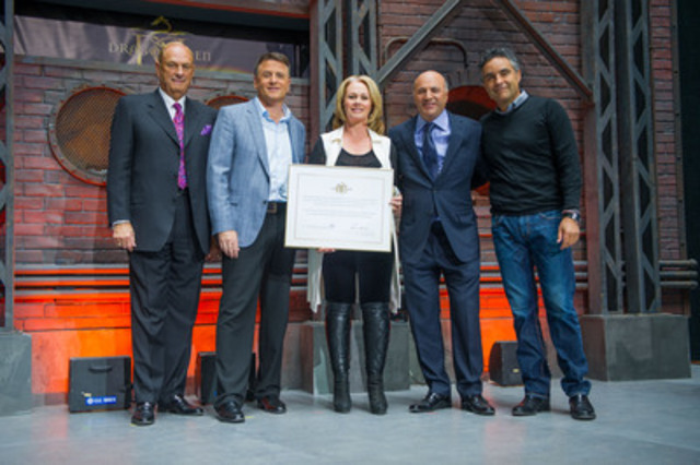 "The Canadian Chamber of Commerce recognizes CBC's Dragons' Den stars: Jim Treliving, David Chilton, Arlene Dickinson, Kevin O'Leary and Bruce Croxon at today's Dragons' Den Day in Canada. Fans, businesses leaders and spokespeople from across the country joined them to celebrate ""The Dragons' Den Effect"", the positive impact the show has had on Canadian entrepreneurship for the past six years. Watch the new season of Dragons' Den, beginning Wednesday, September 19 at 8 p.m. on CBC-TV. (CNW Group/CBC Television)"