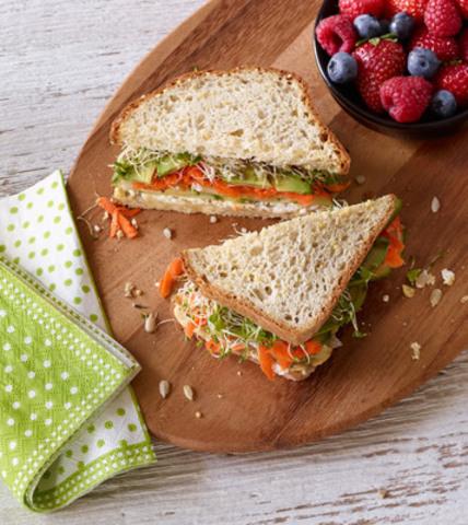 Gluten Free Veggie Millet-Chia Sandwich (CNW Group/Udi's Healthy Foods LLC)