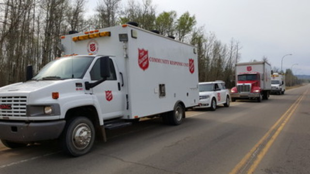 The Salvation Army has mobilized four Community Response Units to feed first responders engaged in the Fort McMurray fire response efforts. (CNW Group/The Salvation Army)
