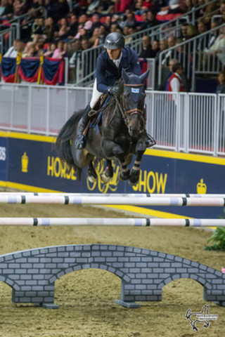 Germany's David Will riding Calista topped the $50,000 Weston Canadian Open at the CSI4*-W Royal Horse Show on Friday, November 11, in Toronto, ON. Photo by Ben Radvanyi Photography (CNW Group/Royal Agricultural Winter Fair)