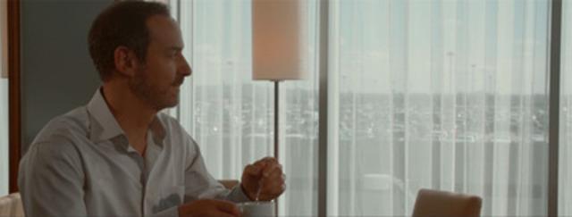 Vidéo: L'Hôtel Marriott Terminal Aéroport de Montréal est heureux de partager sa première vidéo intitulée « Une journée idéale ». La vidéo présente une expérience pratique et luxueuse : celle d'assister à une réunion et de passer la nuit à l'hôtel, le tout dans un environnement libre de stress. Note : afin de visionner la vidéo dans son format interactif, veuillez cliquer sur le lien dans le communiqué de presse