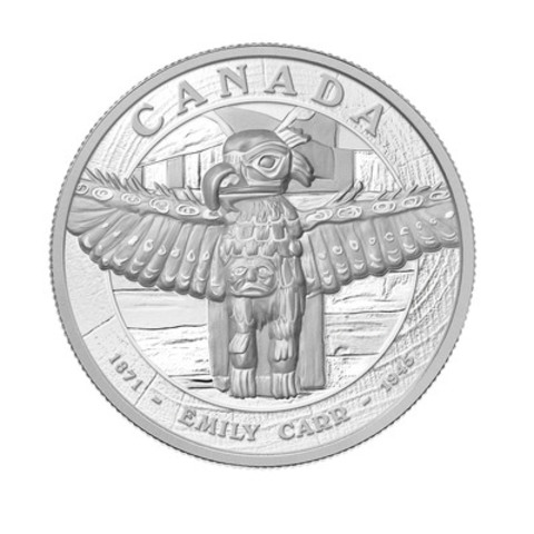 La pièce de cinq kilogrammes en argent fin de 500 $ rendant hommage à Emily Carr et son oeuvre Tsatsisnukomi, B.C., 1912, produite par la Monnaie royale canadienne en collaboration avec la Vancouver Art Gallery. (Groupe CNW/Monnaie royale canadienne)