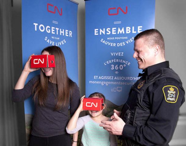 Les agents de la Police du CN utiliseront des visionneuses Google Cardboard personnalisées pour présenter les vidéos sur la sécurité ferroviaire dans le cadre de la Semaine de la sécurité ferroviaire. (Groupe CNW/La Compagnie des chemins de fer nationaux du Canada)
