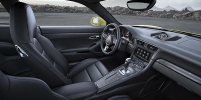 Les 911 Turbo et Turbo S 2017 de Porsche seront dévoilées en première mondiale au Salon de l'auto de Détroit 2016 (Groupe CNW/Automobiles Porsche Canada)
