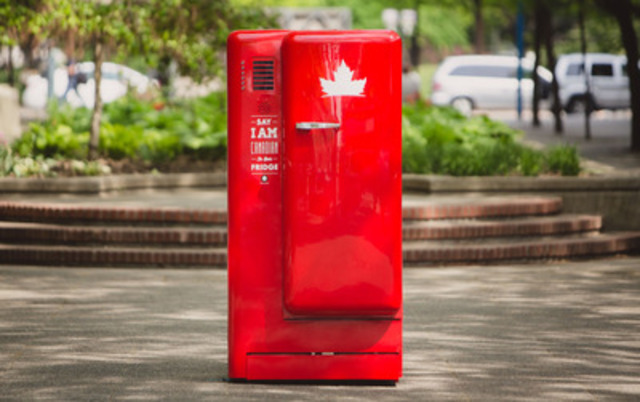 Molson Canadian's Latest Beer Fridge Opens When 'I am Canadian' is Spoken in Six Different Languages (CNW Group/MOLSON CANADIAN)