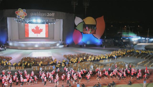 C'est une équipe canadienne enthousiaste qui est entrée dans le stade ce soir pour le lancement officiel des Jeux parapanaméricains de 2011 à Guadalajara, au Mexique. (Groupe CNW/COMITE PARALYMPIQUE CANADIEN (CPC))