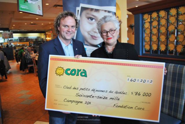 Mme Cora Tsouflidou, présidente de la Fondation Cora en compagnie de M. Daniel Germain, président-fondateur du Club des petits déjeuners du Québec. (Groupe CNW/CLUB DES PETITS DEJEUNERS DU QUEBEC)