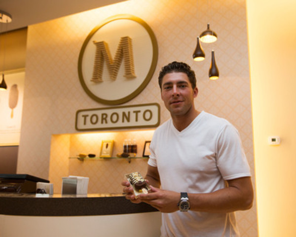 Toronto Maple Leaf, Joffrey Lupul, stopped by the Magnum Pleasure Store in Toronto to make his own custom ice cream bar and meet fans in Toronto on July 25, 2013. (CNW Group/Magnum)