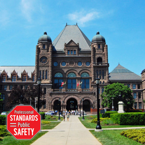 Skilled trades protest at Queen's Park Nov. 30 (CNW Group/Progressive Certified Trades Coalition)