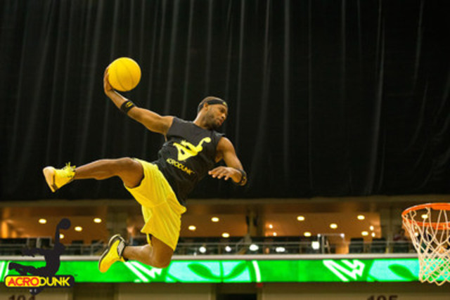 ACRODUNK will take the stage with their gravity defying extreme show (CNW Group/Canada's Wonderland Company)
