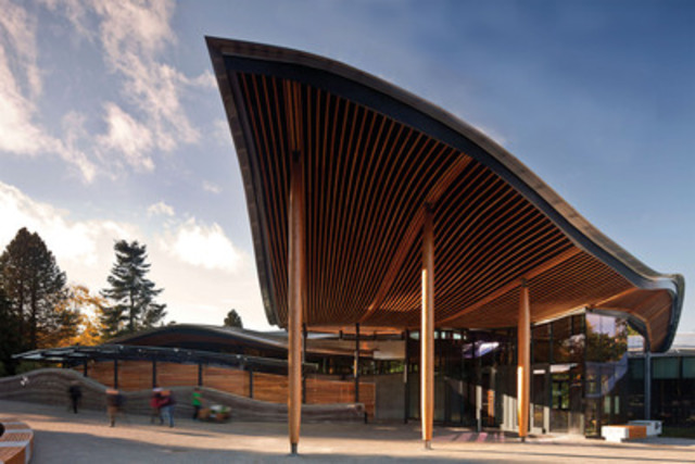 VanDusen Botanical Garden Visitor Centre, Vancouver, BC (CNW Group/Canadian Wood Council for Wood WORKS! BC)
