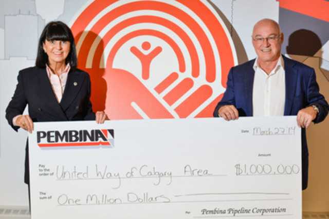 United Way's President and CEO, Dr. Lucy Miller, accepts Bob Michaleski's $1 million donation to the All In for Youth initiative, courtesy of Pembina Pipeline. (CNW Group/Pembina Pipeline Corporation)