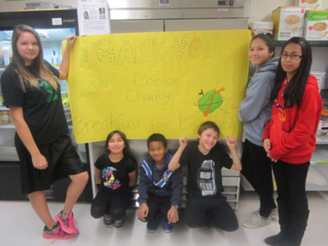 Students in Saskatchewan school, pictured here from St. Augustine School, Regina, thank President's Choice® Children's Charity's for the new freezer to support the nutrition program at their school. President's Choice® Children's Charity's recent gift announcement ensures such nutrition programs continue throughout Saskatchewan. (CNW Group/President's Choice Children's Charity)