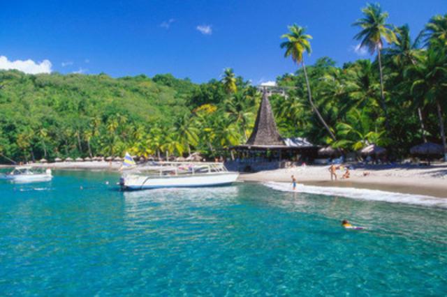 Les plages époustouflantes à Sainte-Lucie la rendent une destination de rêve pour les voyageurs canadiens (Groupe CNW/Hotels.com)