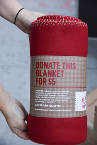 Brand-new fleece blankets were delivered to Covenant House Toronto, one of many shelters participating in the fifth annual Blanket the Country in Warmth initiative by Urban Barn (CNW Group/Urban Barn)