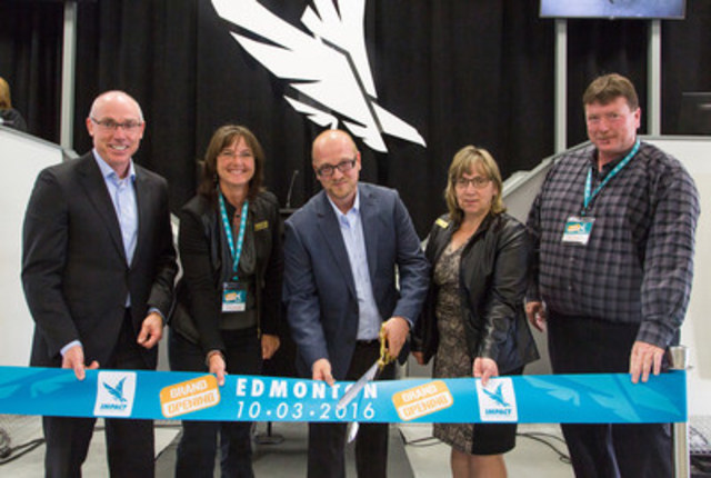Terry Daniels (Managing Director, Impact Auto Auctions), Councillor Jackie McCuaig, (Division 2, Parkland County), Dave Tenk (Branch Manager, Impact Edmonton), Councillor Tracey Melnyk (Division 6, Parkland County) and Deputy Mayor John McNab (Parkland County) celebrate the grand opening of Impact Edmonton. (CNW Group/Impact Auto Auctions)