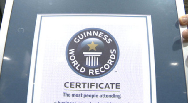 Video: World's Largest Business Mentoring Event Sets Guinness Record at Ontario Centres of Excellence Discovery 12 Conference