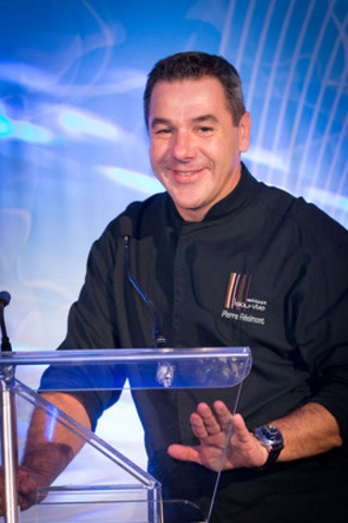 Pierre Résimont ambassador Maple Gourmet Road 2013 and chef of the restaurant l'Eau Vive in Belgium. (CNW Group/FEDERATION OF QUEBEC MAPLE SYRUP PRODUCERS)