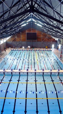 Centre aquatique Malcolm-Knox, Pointe-Claire. (Groupe CNW/ROCHE LTEE, GROUPE-CONSEIL)