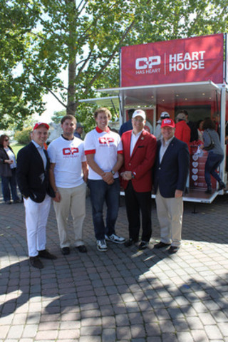 (From left to right) Kyle Winters (VP Corporate Partnerships, Heart & Stroke Foundation), Curtis Rosenau, Austin McGrath, Mark Wallace (CP), David Sculthorpe (CEO HSF) (CNW Group/Heart and Stroke Foundation)