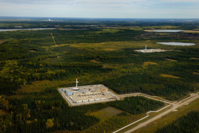 Wellpads with drilling rigs at Cenovus Energy's Christina Lake oil sands operation in northern Alberta (CNW Group/Cenovus Energy Inc.)