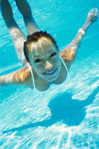 Cet été, faites le saut dans les piscines canadiennes les plus rafraichissantes! (Groupe CNW/Hotels.com)