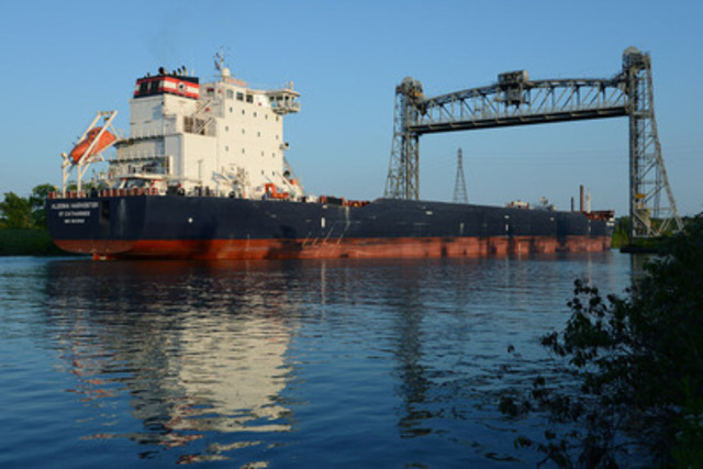 Algoma's newest Equinox Class ship, the Algoma Harvester, joined the Company's fleet in 2014. (CNW Group/Algoma Central Corporation)
