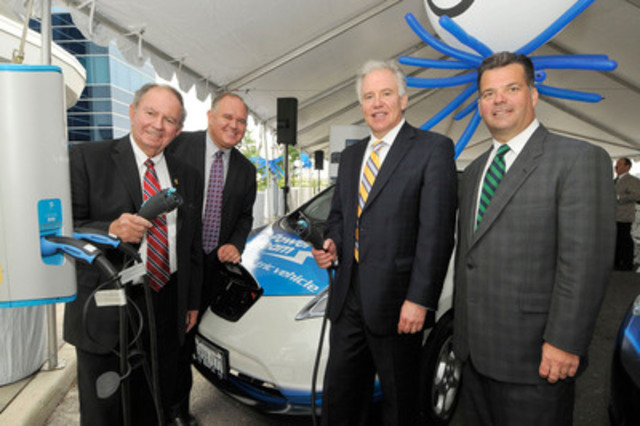 Today, Monte Kwinter, Parliamentary Assistant to the Ontario Minister of Economic Development & Trade, Frank Scarpitti, Board Chair, PowerStream and Mayor, Town of Markham, Allen Childs, President, Nissan Canada and Brian Bentz, President & CEO, PowerStream were on hand to witness Nissan Canada make its first Canadian delivery of the all-electric Nissan LEAF at PowerStream in Vaughan, ON. (CNW Group/Nissan Canada Inc.)
