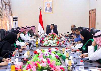 رئيس الوزراء اليمني: المواطن اليمني سيسعد بمشاريع التنمية والبناء في اليمن