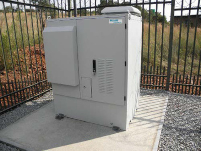 Ballard ElectraGen™-ME methanol fuel cell backup power system installed at a telecom base station site (CNW Group/Ballard Power Systems Inc.)