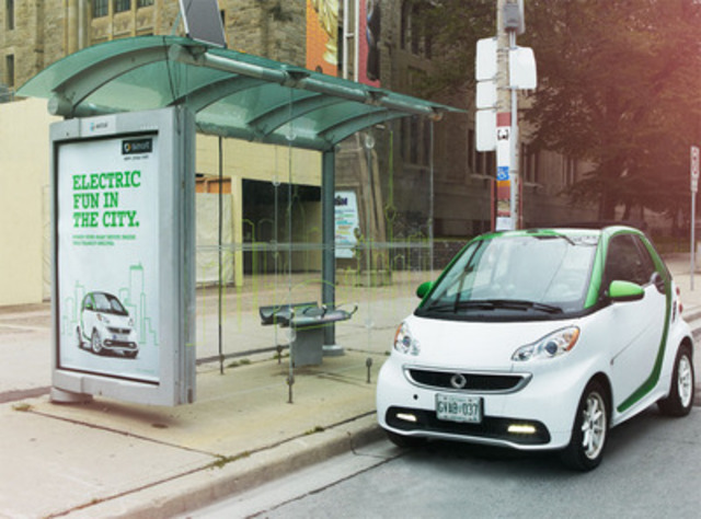 As part of the smart City Project, solar-powered bus shelters were recently installed in Québec City and Toronto, and enable commuters to charge their mobile devices while waiting for public transit. (CNW Group/smart Canada)