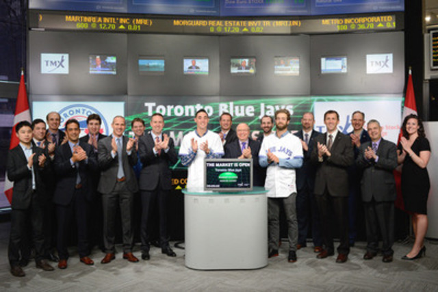 Toronto Blue Jays pitchers Aaron Sanchez and Daniel Norris joined Lou Eccleston, CEO, TMX Group and Peter Conroy, President, TMX Shorcan Brokerage Limited to open the market to celebrate the 2015 Major League Baseball season. Also joining them is Stephen Brooks, Senior Vice President, Business Operations, Toronto Blue Jays and other members of the organization. (CNW Group/TMX Group Limited)